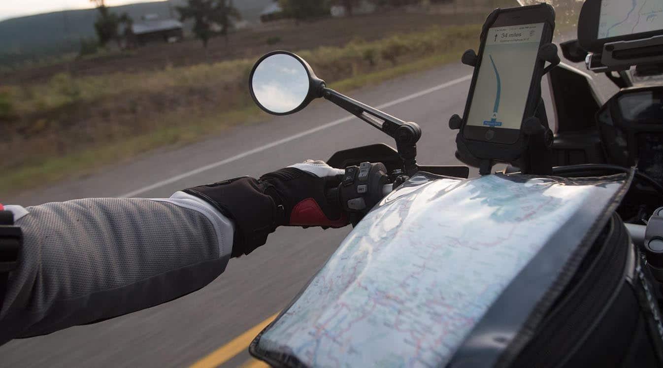 motorcycle using phone gps